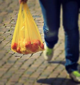 Plastic Tüte vermeiden, Shopping mit eigene Behälter