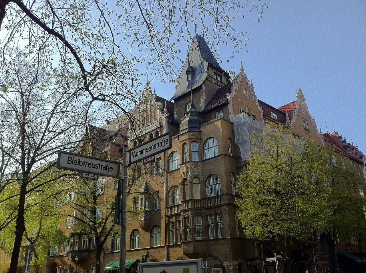 berliner-umschau-achtung-bei-maklervertrag
