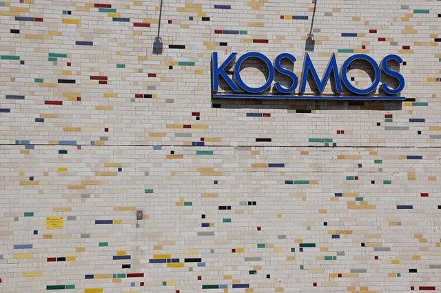 Der Club Kosmos in Berlin hat durch Corona lange komplett schließen müssen.