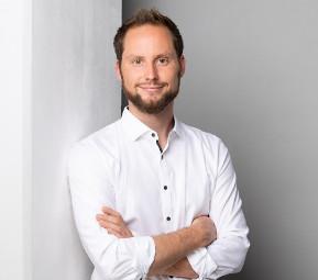 Dieter Pfeffer kauft mit seiner Firma Brands United Amazon FBA Unternehmen auf.